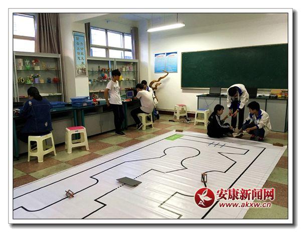 汉阴初中在省机器人超级手抄赛夺冠之韵的轨迹初中生报春图片
